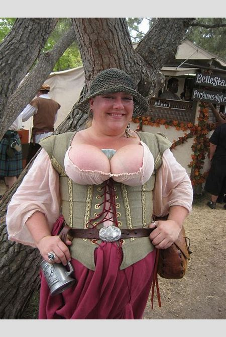 Faire Wench | I took this at the Renaissance Pleasure Faire.… | Anna Day | Flickr