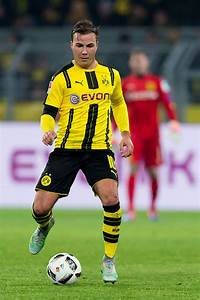 Liverpool open talks to sign Borussia Dortmund star Mario ...