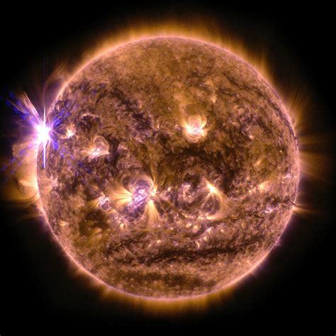 NASA's SDO Captures X2.7-Class Solar Flare   Astronomy ...