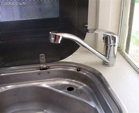 comment demonter un robinet mitigeur de cuisine installation d 39 un robinet mitigeur