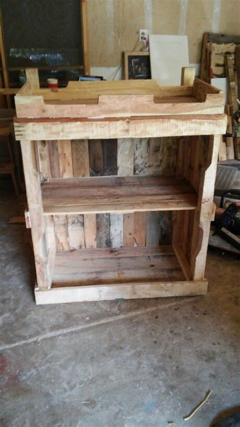 baby changing table pallets baby changing tables diy