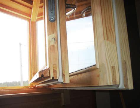 Почему потеют пластиковые окна изнутри в квартире зимой и что делать?— 9 answers