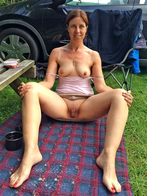 Curvy Amateur Full Grown Women Nude