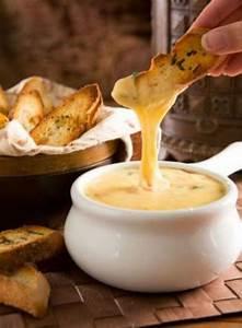Dips Zum Fondue : cheese fondue with toasted bread recipes shit i hope to ~ Lizthompson.info Haus und Dekorationen