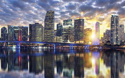 miami  sunset buildings reflection city  florida usa desktop hd wallpaper  pc tablet