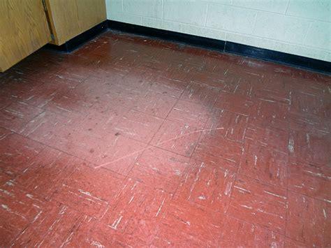 9x9 Floor Tiles Asbestos by Asbestos Floor Tile Wear Damage Exle 4 Flickr