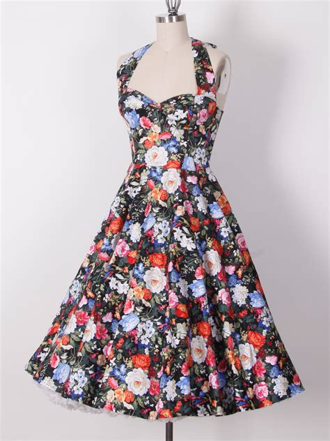 Retro Look by Get A Trendy Vintage Look With Retro Dresses Gloss