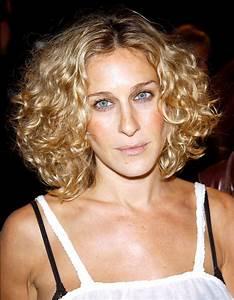 Balayage Cheveux Frisés : une balayage blond cheveux boucl s femmes sexy ~ Farleysfitness.com Idées de Décoration