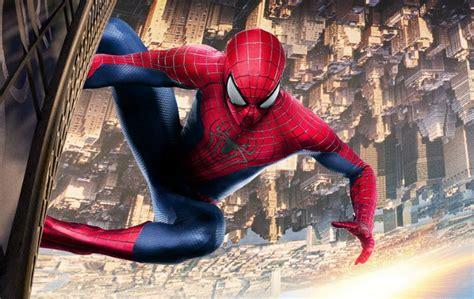 la fisica  spider man wired