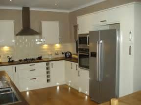 gloss kitchen tile ideas white gloss kitchen customer exles