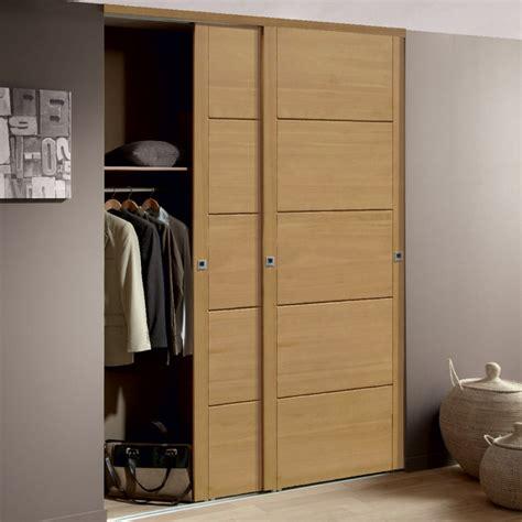 placard de chambre en bois porte coulissante placard sur mesure ikea advice for