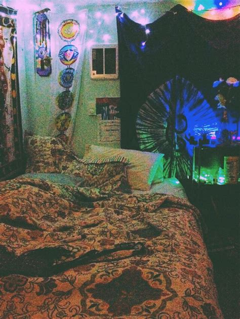 stoner room decor ideas trippy bedroom