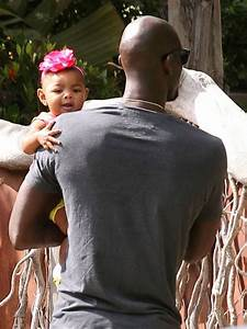 Kevin Garnett out with family in Malibu. Paul Pierce plays ...