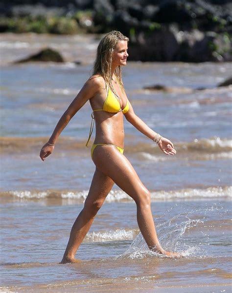 diandra lyle bikini more pics of brooklyn decker string bikini 4 of 19