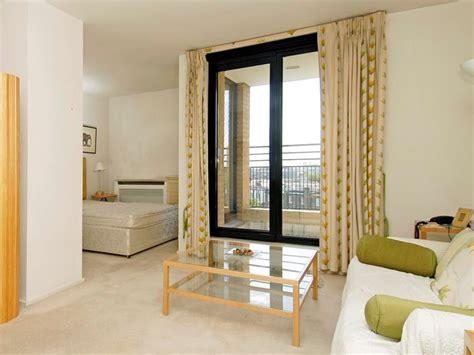 Affordable Apartment Interior Decorating Idea