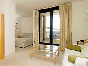 Affordable apartment interior decorating idea 4 home ideas for Affordable apartment decor