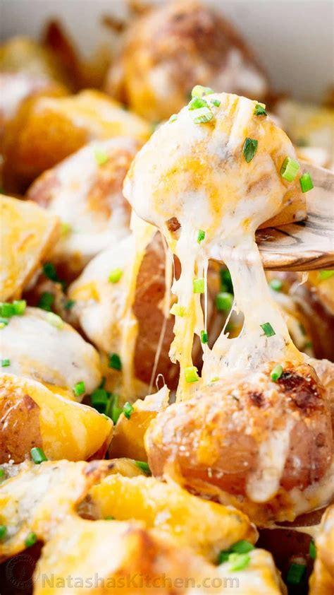 Cheesy Potatoes Recipe (VIDEO) - NatashasKitchen.com