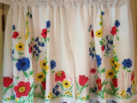 vintage curtains and drapes vintage flowered kitchen curtains with lining