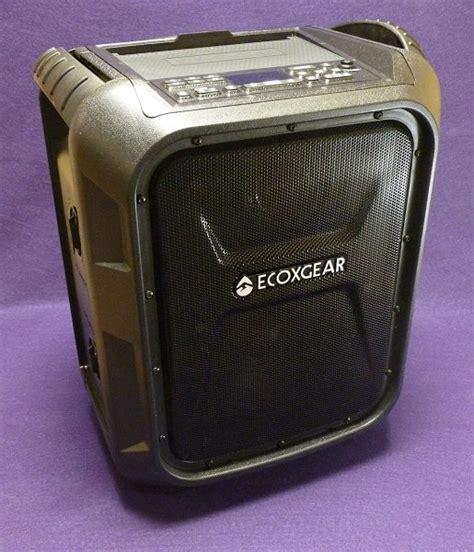 ecoxgear ecoboulder bluetooth speaker review  gadgeteer