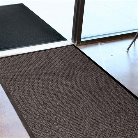 Rubber Entry Mat. WaterGuard Indoor And Outdoor Entrance