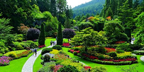 pictures of butchart gardens 10 facts about the butchart gardens on vancouver island