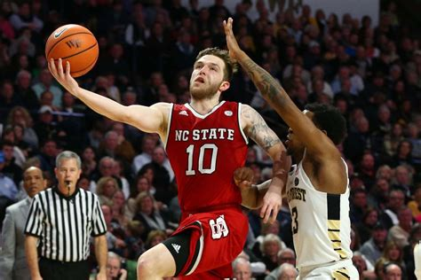 nc state guard braxton beverly fractures hand  practice