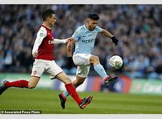 City lifts League Cup in style; United beats Chelsea 21