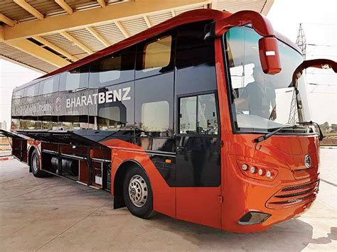 New 16-tonne Bus From Bharatbenz