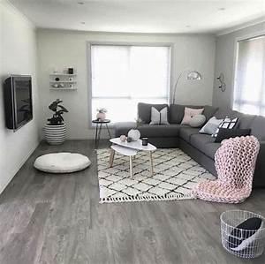 les 25 meilleures idees de la categorie meuble tv suspendu With tapis berbere avec canapé large assise pas cher