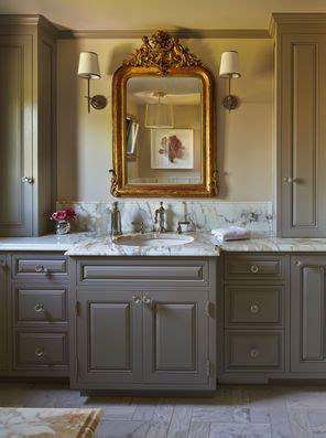 master bath counter  floor  calacutta gold