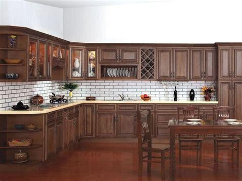 kitchen cabinets with chocolate glaze chocolate glaze kitchen cabinets home design traditional 9511