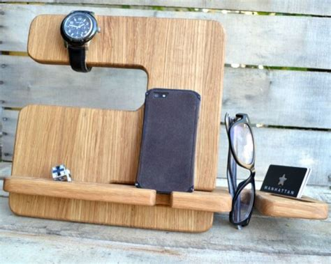 cool desk accessories for guys how to choose cool desk accessories for men
