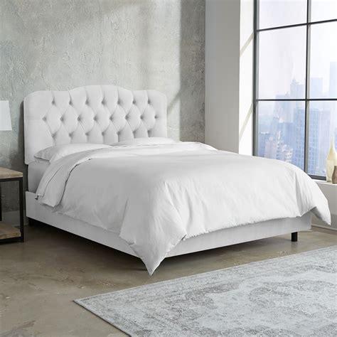 skyline furniture tufted bed  velvet white twin