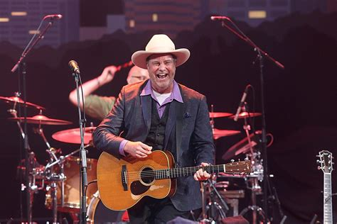 robert earl keen quit nashville  stayed married death