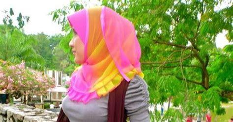 Cewe Semok Baju Tipis