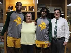 Glen Oaks Athletes Receive Jim Bishop Scholarships  U2013 Glen Oaks Community College