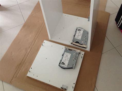 pose de meuble haut de cuisine pose des meubles hauts de la cuisine ma maison phenix