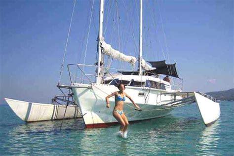 Trimaran Houseboat by Trailerable Houseboat Power Catamaran Trailerable Business