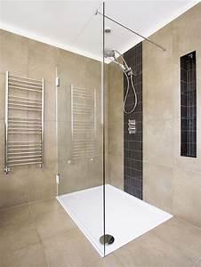 Dusche Bodengleich Fliesen : begehbare bodengleiche dusche der duschenmacher bad pinterest badezimmer begehbare ~ Markanthonyermac.com Haus und Dekorationen