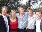 Chris Hemsworth's hot parents leave fans stunned | photo ...