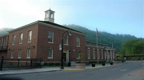 not shabby pikeville ky federal judiciary to close 6 courthouses including one in pikeville