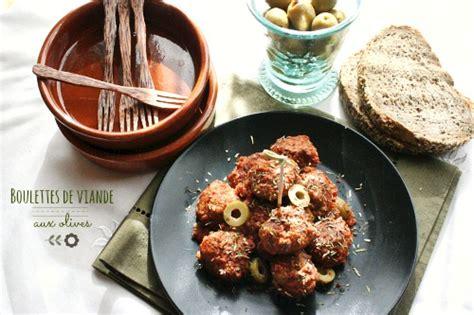 cuisiner boulette de viande boulettes de viande aux olives albondigas miam chouchie