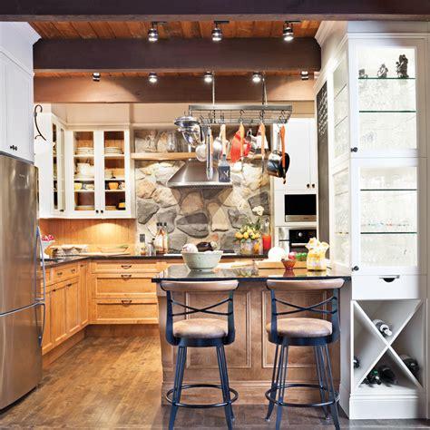 renovation cuisines rustiques cuisine au confort rustique cuisine inspirations décoration et rénovation pratico pratique