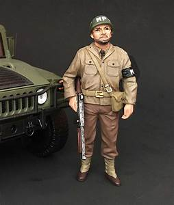 WWII U S Army Military Police Soldier 1/18 Figure