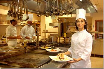chef de partie en cuisine le recouvrement de créances est un métier cabinet phenix