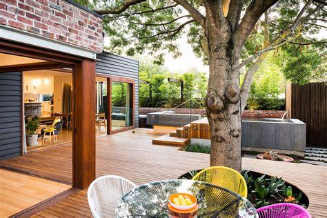 Family Fun Modern Backyard Design For Outdoor Experiences