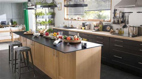 tabouret d ilot de cuisine ilot central cuisine ouverte cuisine en image