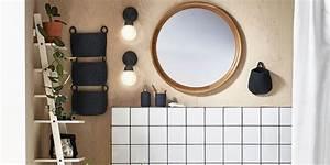 Applique Salle De Bain Noire : eclairage salle de bains tous nos conseils marie claire ~ Teatrodelosmanantiales.com Idées de Décoration