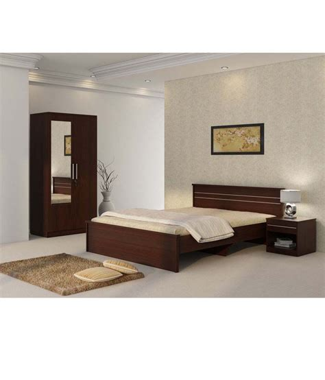 rs for bed 47 discount carnival bedroom set bed table wardrobe