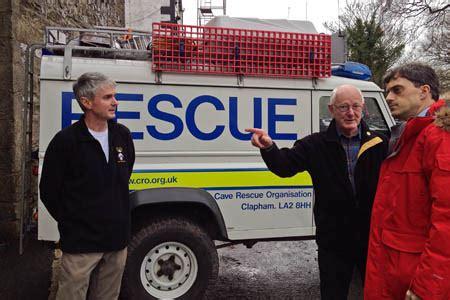 grough — MP praises rescue team during visit to base